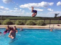 Ein Salto im Wasser.